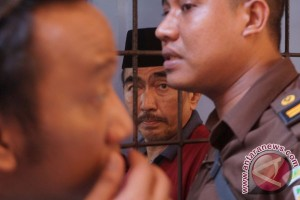 Putusan sela Gatot Brajamusti digelar pekan depan