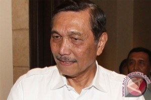 Luhut asks Freeport to respect Indonesian constitution