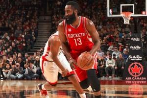 """""""Triple-double"""" Harden antar Rockets taklukkan Raptors 129-122"""