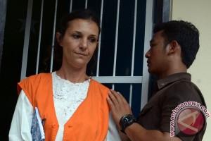 Jaksa tuntut warga Australia delapan tahun penjara
