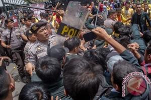 Unjuk Rasa Mahasiswa Semarang