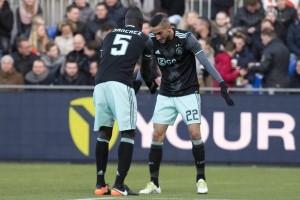 Dwigol Ziyech antar Ajax bekuk PEC 3-1