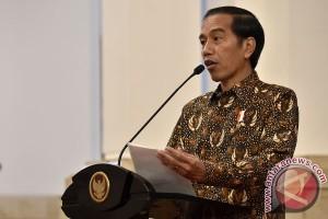 Presiden minta kepala daerah tak ragu tetapkan darurat kebakaran hutan