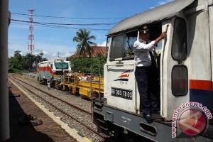 KAI genjot kinerja kereta barang 2017