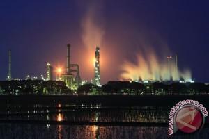 Produsen minyak perpanjang pemangkasan produksi sampai 2018