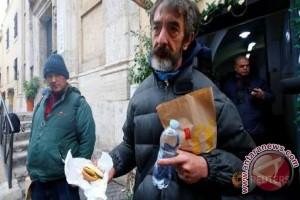 Tuai kontroversi di Vatikan, McDonald's gelar amal