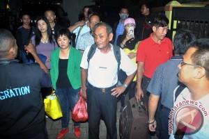 Imigrasi deportasi 12 TKA Tiongkok