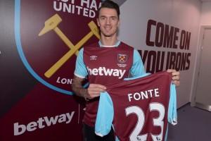 Stoke datangkan Berahino, Jose Fonte hijrah ke West Ham