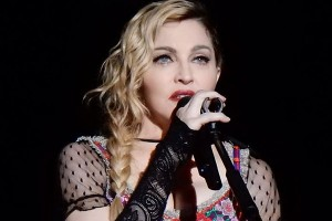 Madonna ikut demonstrasi di Washington