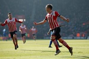 Southampton benamkan Leicester 3-0