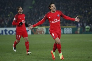 Cavani bawa PSG menang atas Nantes 2-0