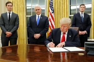 Trump akan membalikkan rencana energi bersih Obama