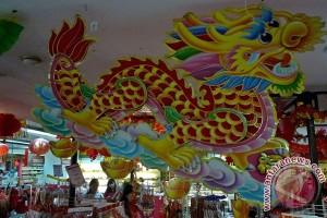 Perang air warnai perayaan Imlek di Meranti