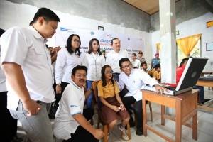 Astra bagikan 2.000 kacamata gratis di Talaud