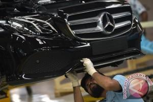 "Melihat produksi Mercedes-Benz E-Class ""versi Bogor"" (video)"
