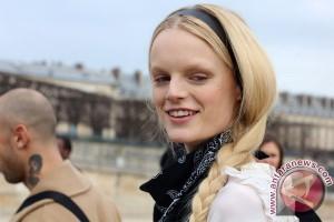 Model Hanne Gaby Odiele mengaku intersex, apa maksudnya?