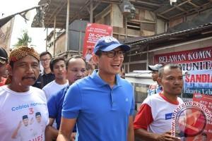 Sandiaga setuju trotoar Jakarta ditertibkan