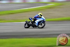Test Ride Suzuki GSX-R150