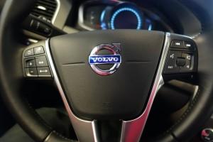 Laba bersih Volvo turun 12,4 persen