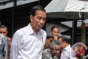 Presiden luncurkan bantuan pangan nontunai di Cibubur