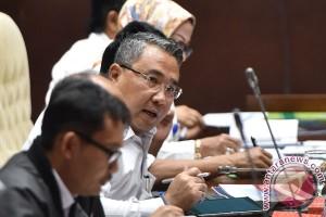 Raker Kemendes Dengan Komisi V DPR