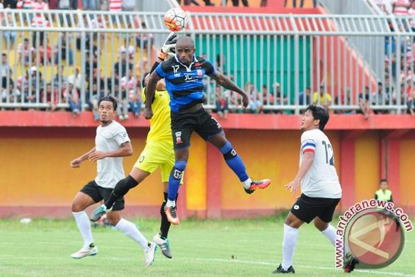 Madura United berencana kontrak pemain