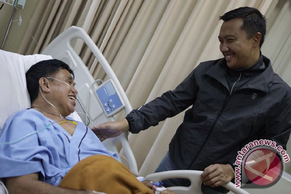 Ellyas Pical dirawat di rumah sakit karena serangan jantung