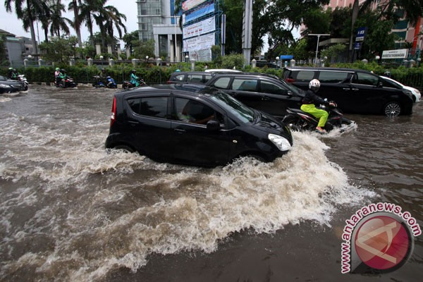 Air Force forms task force to help Jakarta`s flood victims
