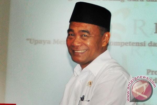 Mendikbud: Siswa nyanyikan Indonesia Raya setiap hari