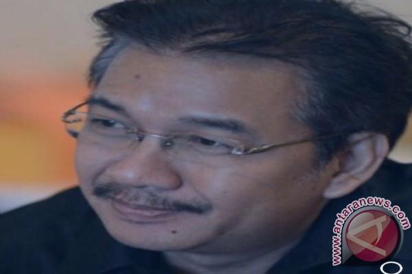 Denny JA Kenang Leo Kristi Dengan Puisi