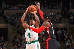 Isaiah Thomas borong 44 poin, Celtics bekuk Raptors 109-104