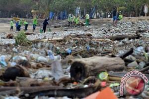 Sampah Pantai Kuta