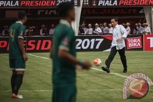 HPN 2017, Presiden tanding futsal lawan wartawan