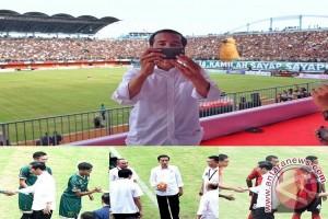 Gaya Jokowi di vlog menurut pakar