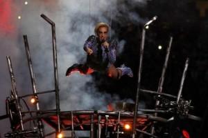 Lady Gaga buka Super Bowl dengan nyanyian protes Trump