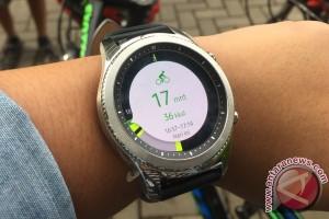 Smartwatch akan bersaing dengan smartband