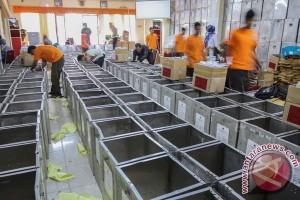 KPU Flores Timur sewa kapal untuk distribusikan logistik