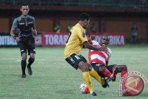 Semen Padang taklukkan PSCS 5-0