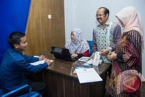 Masyarakat keluhkan permintaan imbalan di Kemdikbud