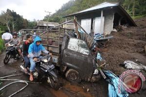 Wanita hamil tewas tertimbun longsor di Buleleng