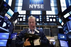 Pernyataan Trump picu Wall Street terus menguat