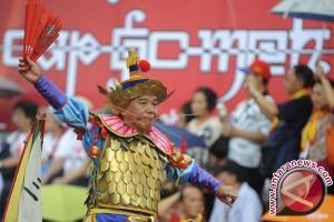 Atraksi tatung Singkawang pukau penonton Festival Cap Go Meh