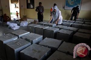 Kalimantan Barat perlu 44.000 kotak suara transparan