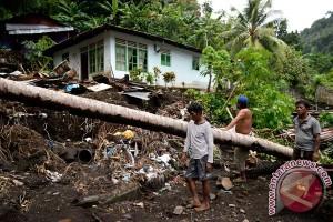 Ribuan orang mengungsi di Bitung akibat banjir