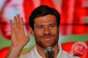 Alonso mengaku beruntung bermain di Liverpool, Bayern dan Madrid