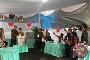 Presiden Jokowi salurkan hak pilih pada Pilkada DKI Jakarta
