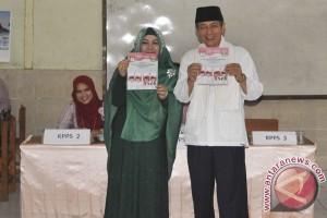 Cawagub Banten Gunakan Hak Pilih