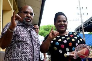 Gubernur Papua Gunakan Hak Pilih