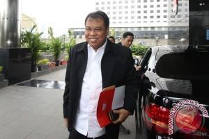 Ketua MK Arief Hidayat Diperiksa KPK