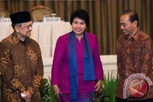 Kuliah Inaugurasi Dewi Fortuna Anwar